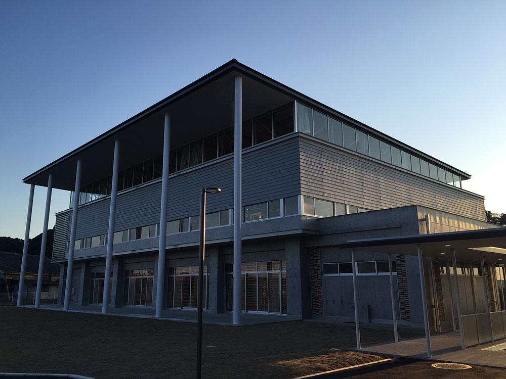 横芝光町日吉小学校屋内運動場