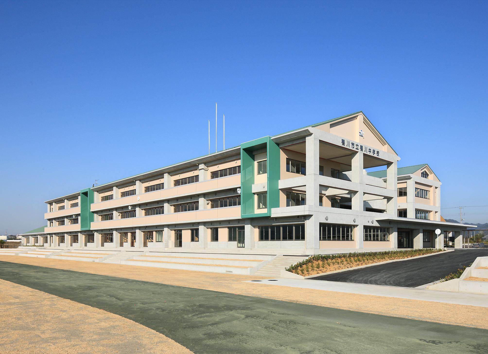 鴨川中学校屋内運動場